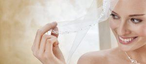Brautkleider und Braut-Accessoires