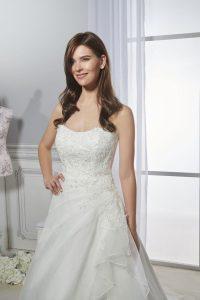 Hochzeitskleid Saturday