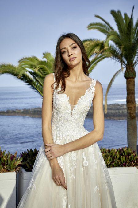 Hochzeitskleid Latay